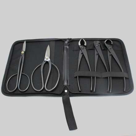 Trousse d'outils avec 5 outils